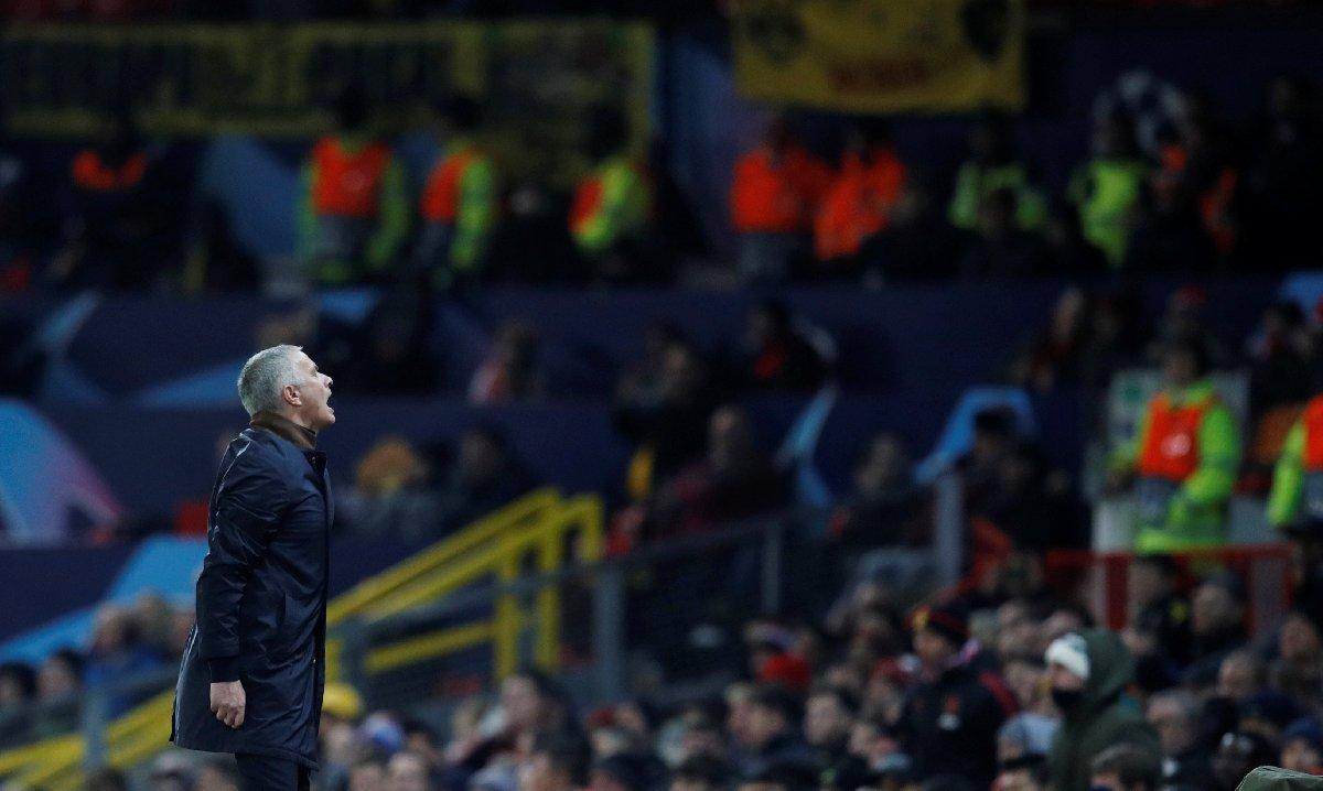 Jose Mourinho kendinden geçti! 1