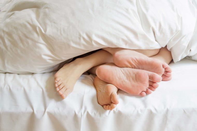 Uzmanlar, uykusuzluk sorunu çekenlere ilginç bir öneride bulunuyor: Seks 1