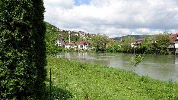 Bosna-Hersek'te ilkbahar güzelliği 1