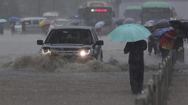 Çin'deki sel nedeniyle ölenlerin sayısı 25'e yükseldi