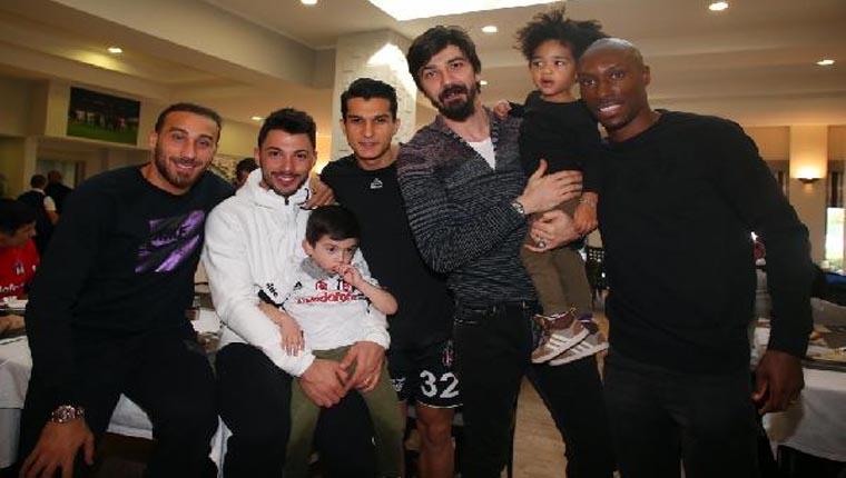 Beşiktaş, Galatasaray galibiyetinin keyfini çıkarıyor