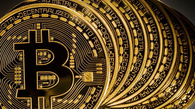 Parakende devi kripto para çıkarıyor