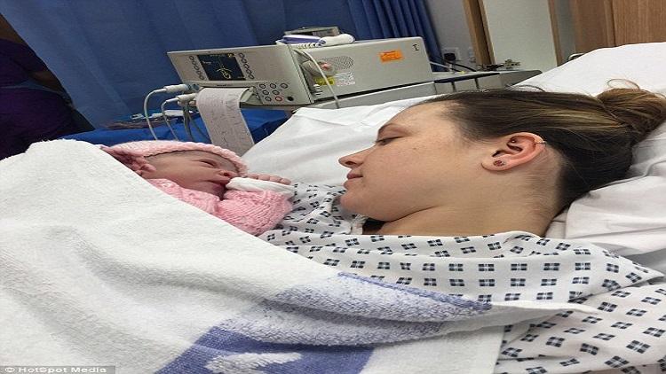 Mide rahatsızlığıyla hastaneye gitti doğum yaptı