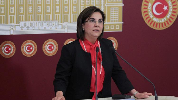 """CHP'li Usluer: """"Katliamın sorumlusu AKP, hepsi istifa etmeli"""""""