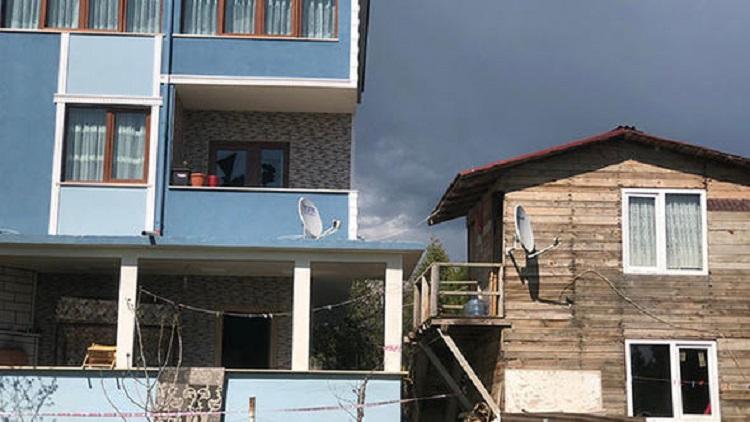 Dehşet evi... Bir kadın ve 6 ile 8 yaşıdaki çocukları öldürüldü