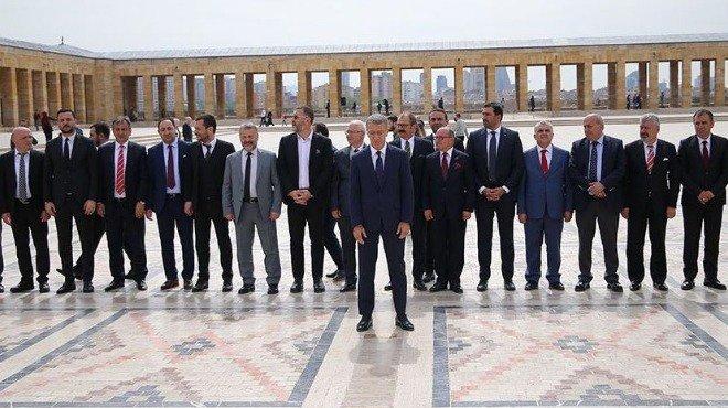 Trabzonspor'dan Anıtkabir'e ziyaret