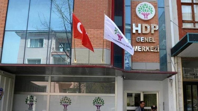HDP'de liste depremi