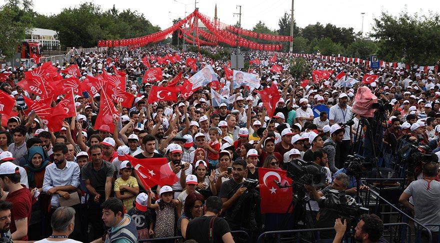 Muharrem İnce Diyarbakır'da konuştu... Kalabalığın sonu görünmüyor