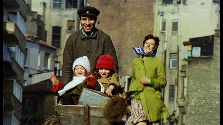 Ayşen Gruda: Kemal Sunal bize gülmeyi öğretti