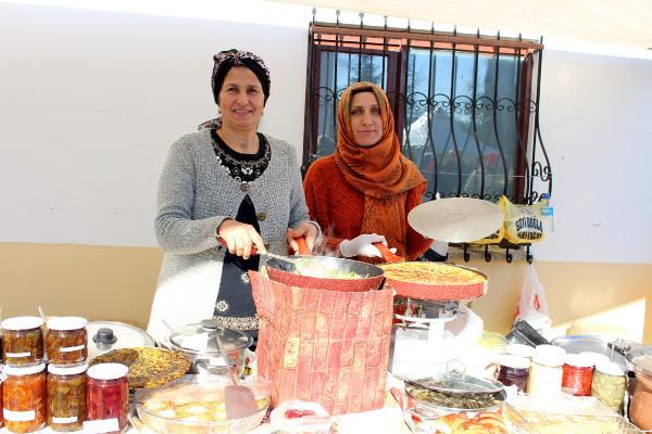 Kadınlar köyde üretip, şehirde satıyor