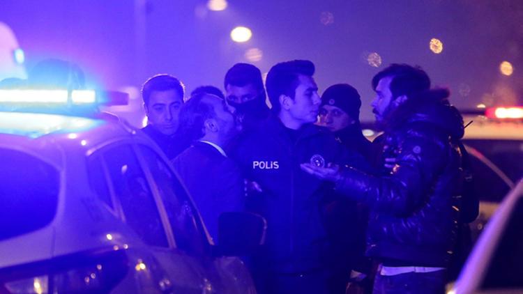 Beşiktaş'ta gece kulübündeki kavgada silahlar konuştu