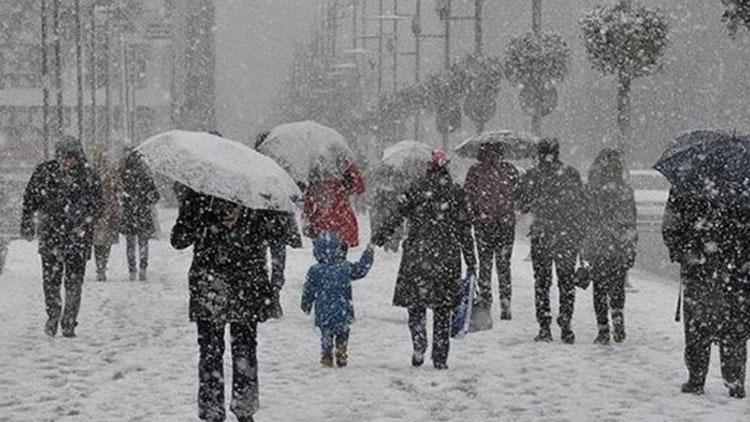 Kar İstanbul'u vuracak: Sıcaklık 10 derece düşecek