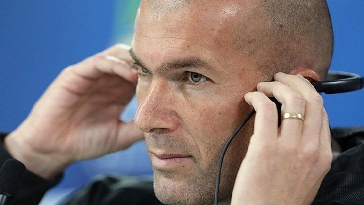 Zidane, Chelsea'den servet istedi!