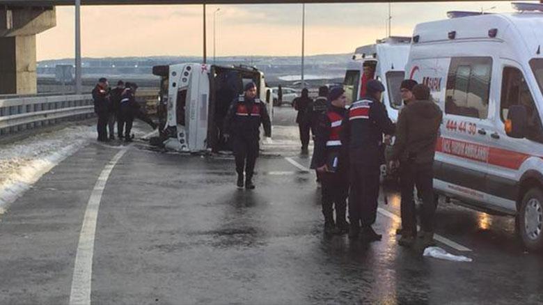 İstanbul Havalimanı servisi kaza yaptı: Çok sayıda yaralı var