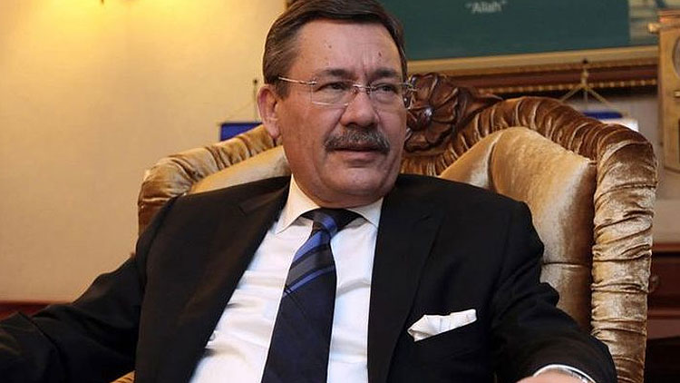 Melih Gökçek'ten 'yeni parti' açıklaması: 'Davutoğlu ile...'