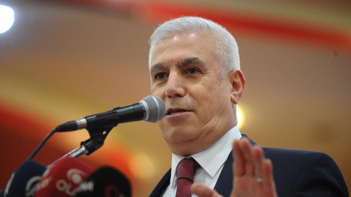 CHP'li Bozbey'den, aydınları 'devlet düşmanı' ilan eden AKP'li başkana tepki!