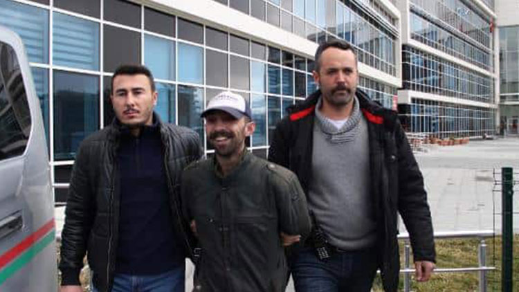 Sosyal medyada Atatürk'e hakarete ilişkin  karar verildi