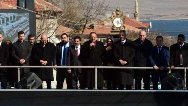 Özhaseki'den tuhaf 'militan' yorumu: Ya evine su parası getiren...