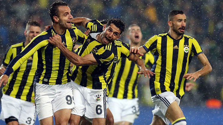 Fenerbahçe'de ilginç hesaplar! 8 maç daha oynarsa...