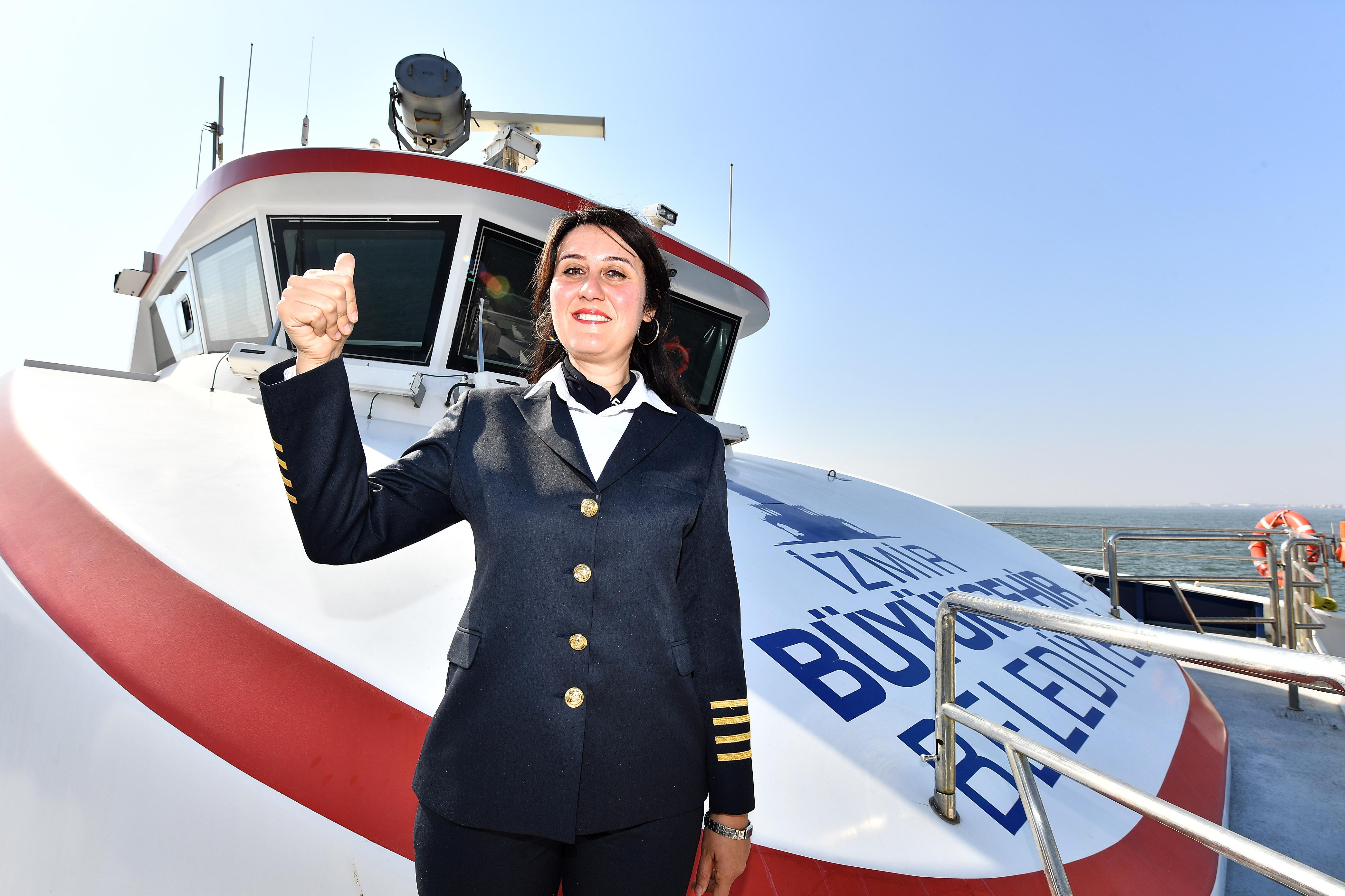 """""""1881"""" gemisinin kadın kaptanı"""