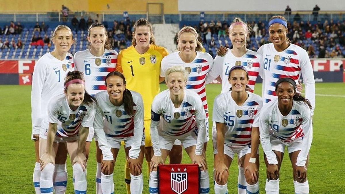 Kadın futbolculardan federasyona 'cinsiyet ayrımcılığı' davası
