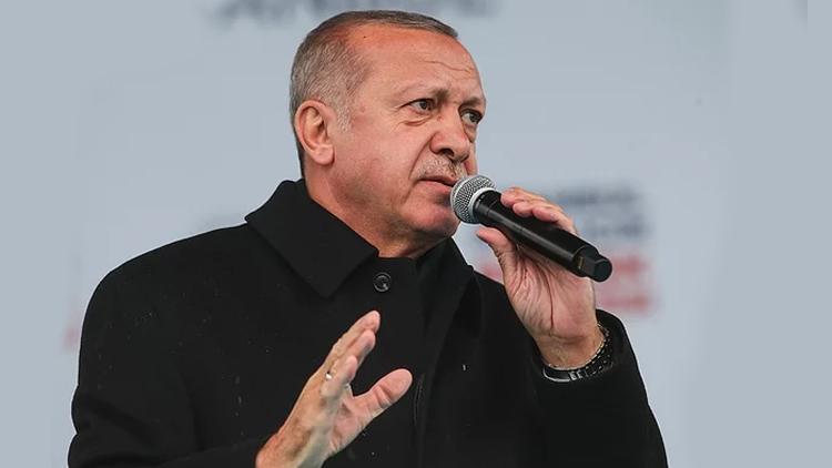 Erdoğan daha da dozu arttırdı: Kadınlar Taksim'i işgale giriştiler