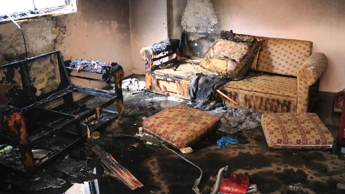 Evde korkunç patlama: Yaralı var