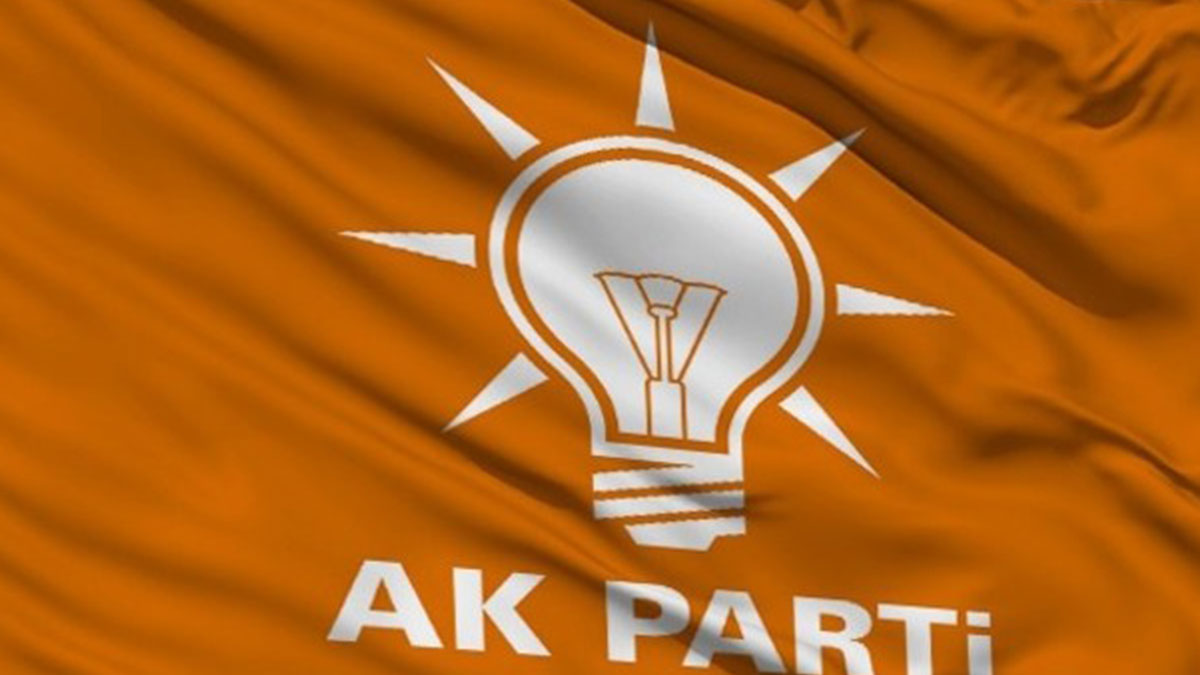 AKP'de istifa sonrası hareketlilik! 3 isim öne çıktı