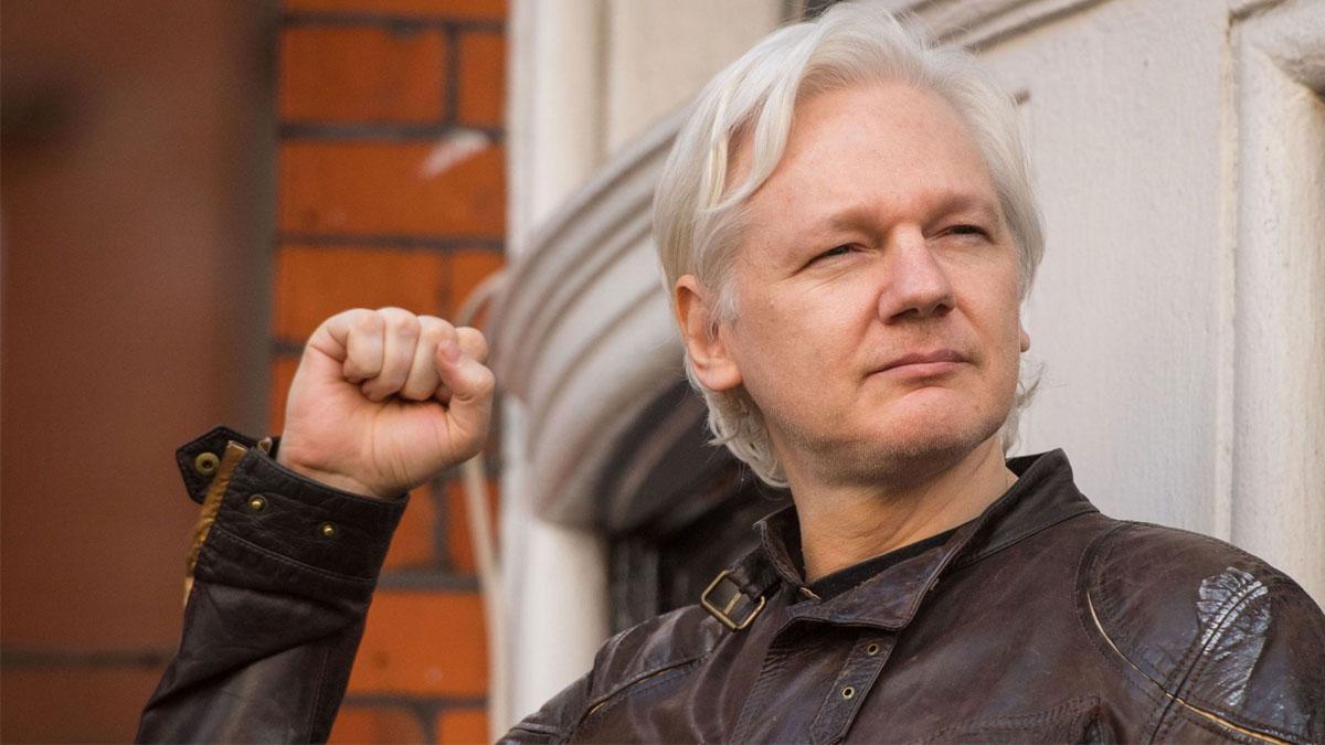 Julian Assange'a bir suçlama da ABD'den!