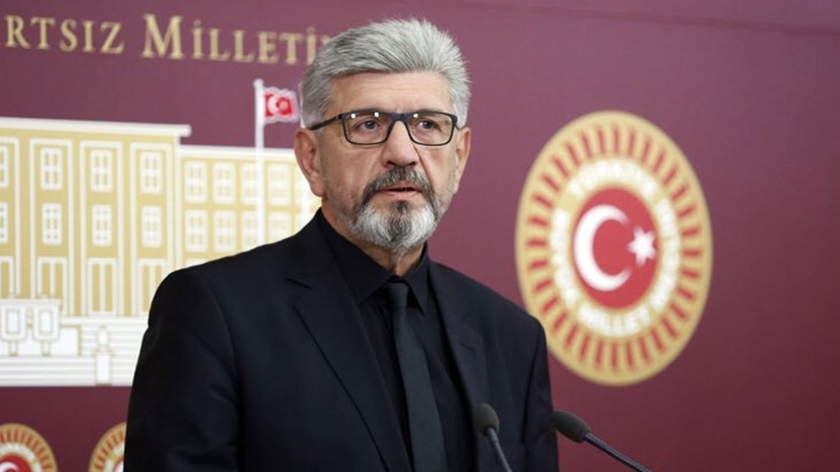 Saadet Partisi Milletvekilinden flaş iddia: Bazı bakanlar YSK üyelerini arıyor