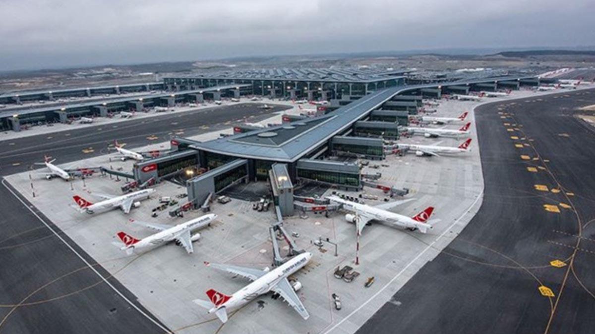 Yeni havalimanındaki Türkiye ilanı sosyal medyada olay oldu! Bir tepki de Özdağ'dan geldi