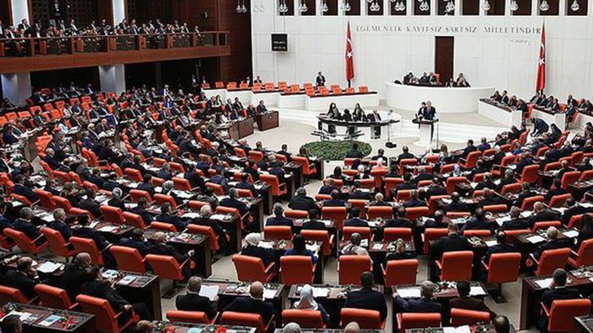 Kulis: Ayda 23 milyon harcayan Meclis kapatılacak mı?