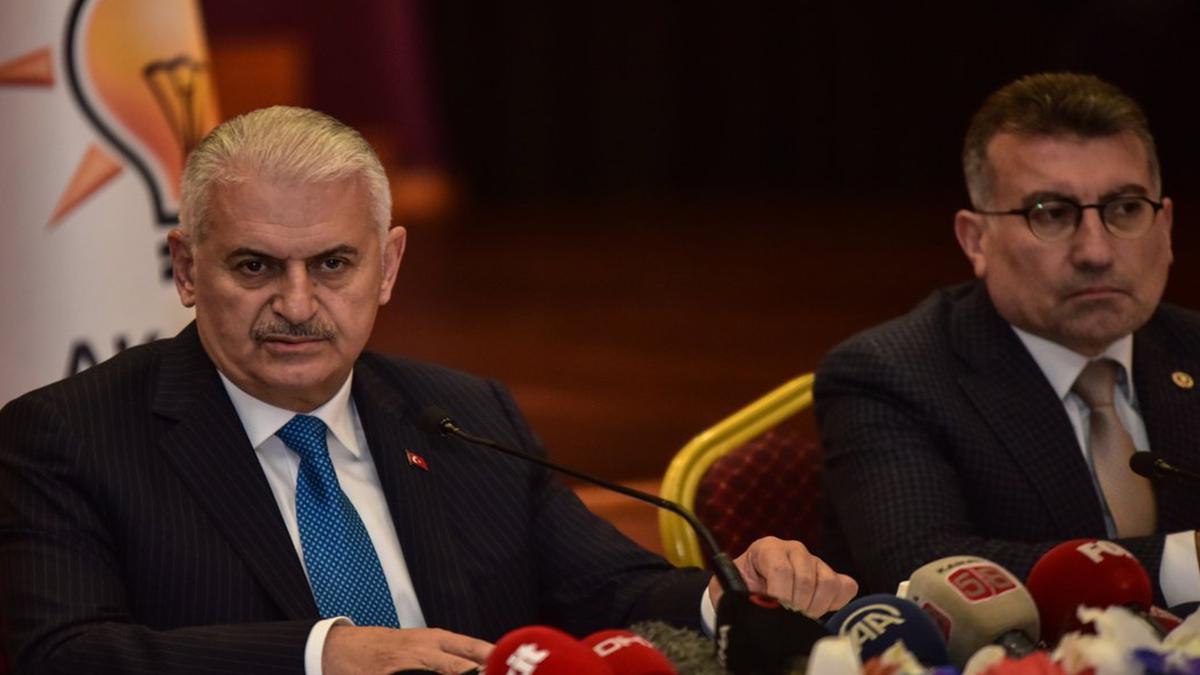 Yıldırım CHP'ye 'ittifak' dedi MHP'yi yok saydı! İşte o anlar...