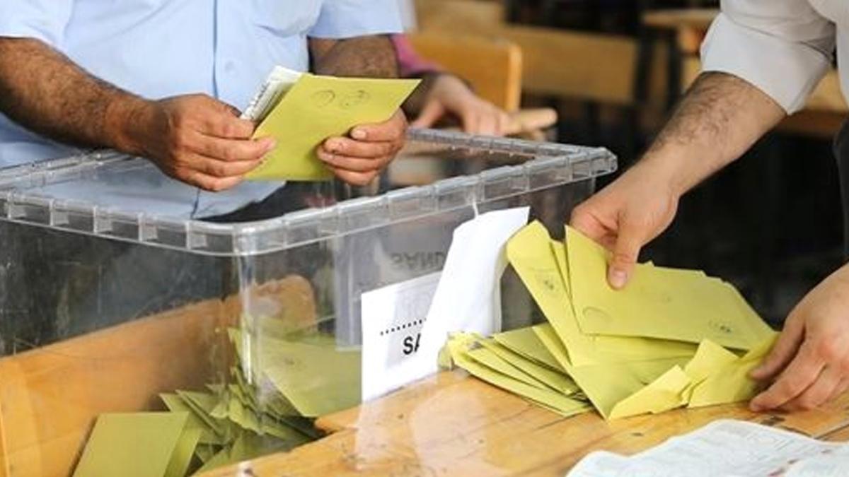 Suriyeli seçmene gönderilen zarfın içinden çıktı! AKP seçime böyle hazırlamış