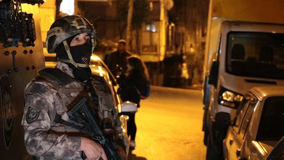 İstanbul'da dev operasyon: 152 gözaltı