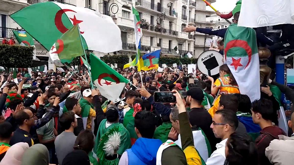 Cezayir'de 'Akiller Heyeti' kuruldu