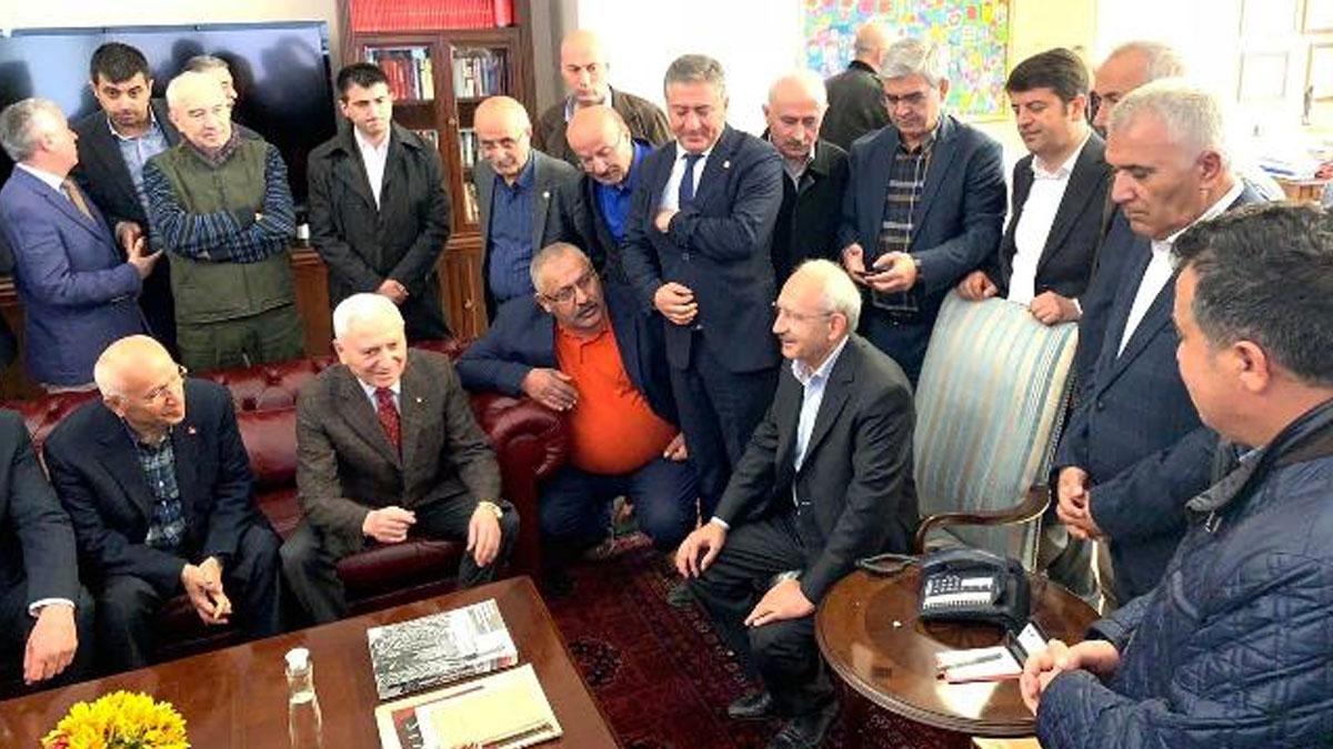 Kılıçdaroğlu, Genel Merkez'de karşılandı