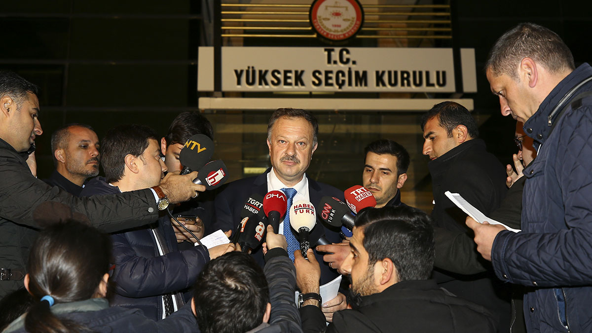 AKP'nin YSK temsilcisinden 'yeniden seçim' açıklaması