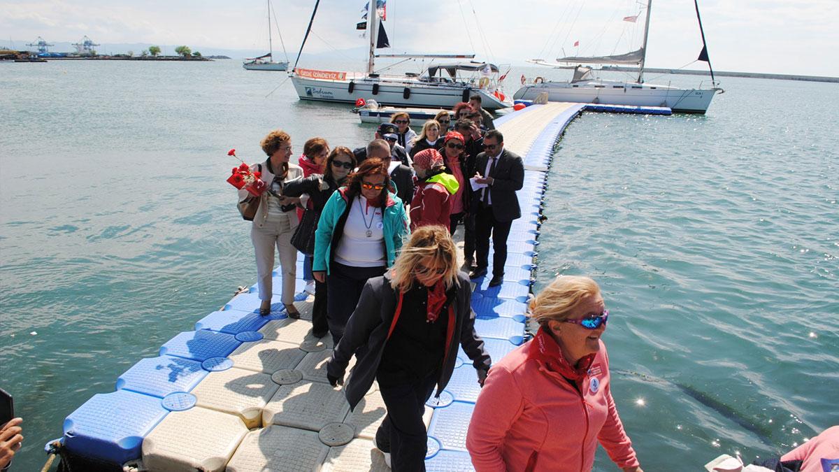 """Yelkenci kadınlar """"Türk Kadınının 100. Yıl Seyri"""" projesi kapsamında Zonguldak'ta"""
