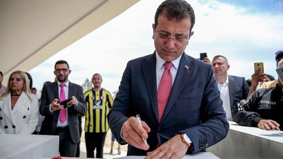 İmamoğlu, Denktaş'ın anıt mezarına 'İBB Başkanı' olarak imza attı!