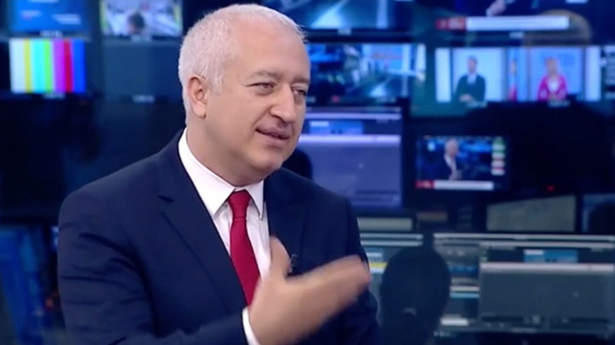 NTV'nin 19 yıllık programcısı canlı yayında ayrıldığını açıkladı