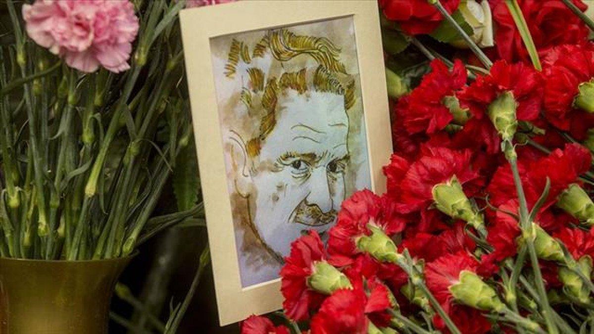 Nazım Hikmet vefatının 56'ıncı yılında mezarı başında anıldı