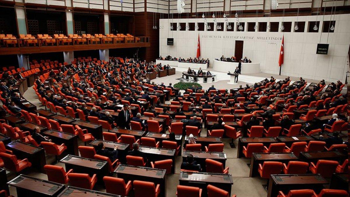 "Meclis'te ""yeni askerlik sistemi"" mesaisi"