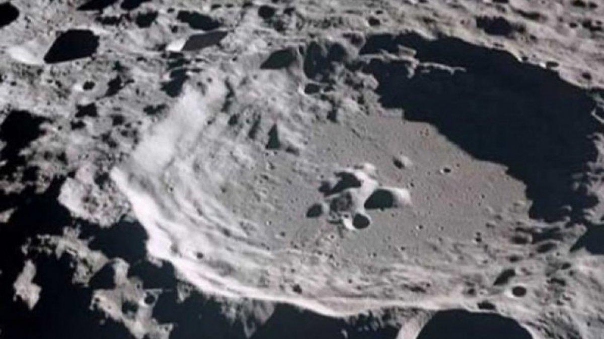 Ay'ın yüzeyinde dev bir kitle keşfedildi