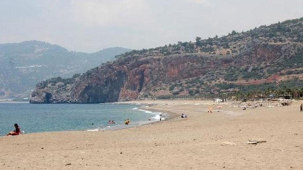 Suriyeli göçmenlere plaj yasağına CHP'li başkandan veto