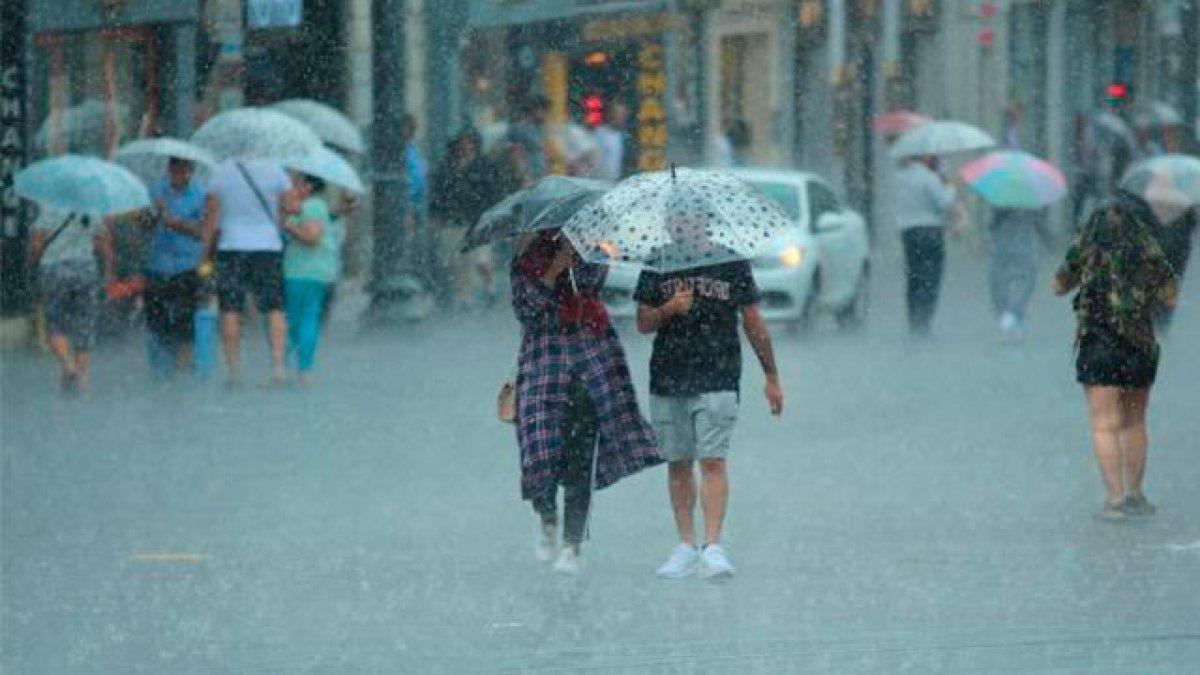 Meteoroloji'den kuvvetli yağış ve dolu uyarısı