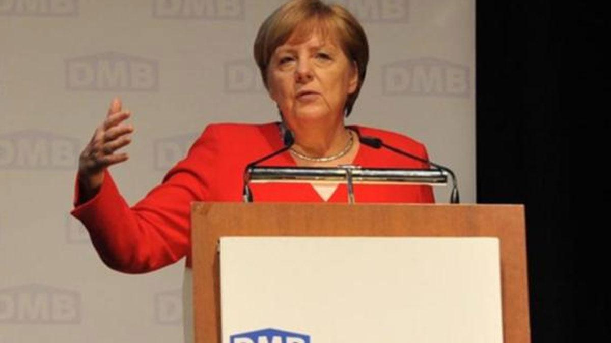 Merkel: Avrupa konut sıkıntısı yaşıyor