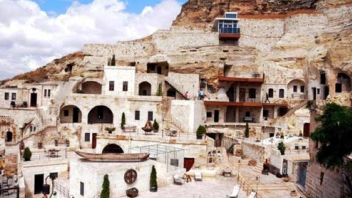 Kapadokya'da tepki çeken otelin sahibi konuştu: Asansörün uygun olmadığını biz de fark ettik