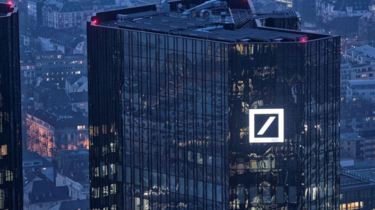 Dev banka binlerce kişiyi işten çıkarabilir