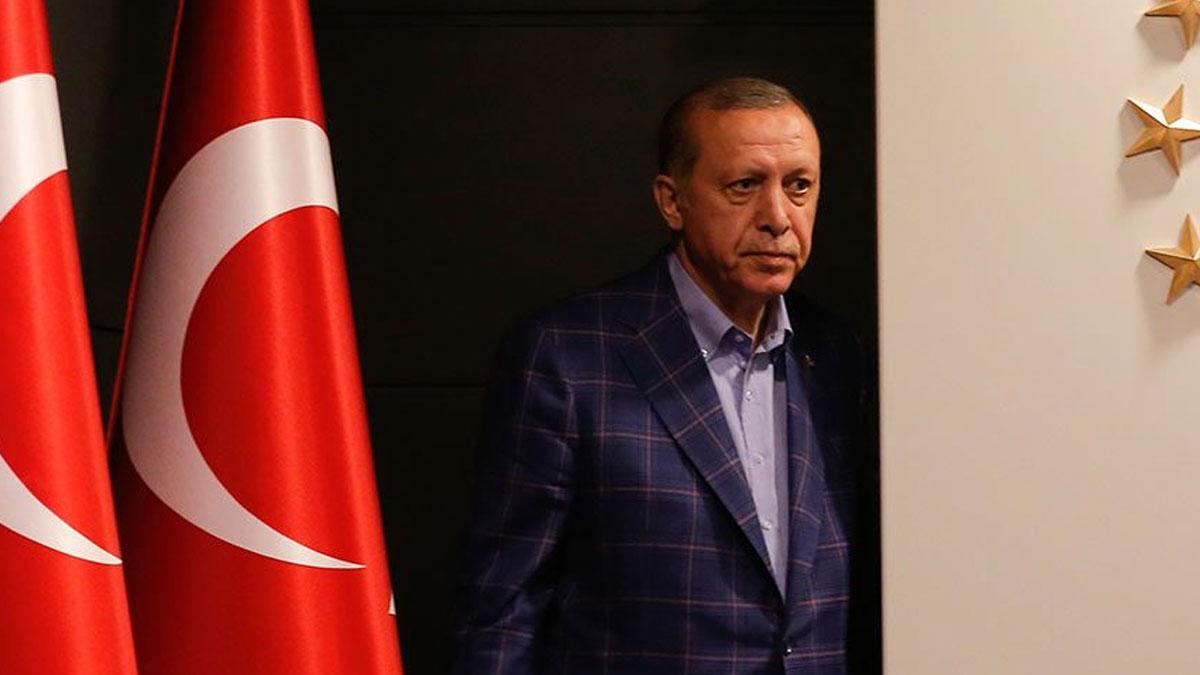 Financial Times: Erdoğan gidişini hızlandırıyor